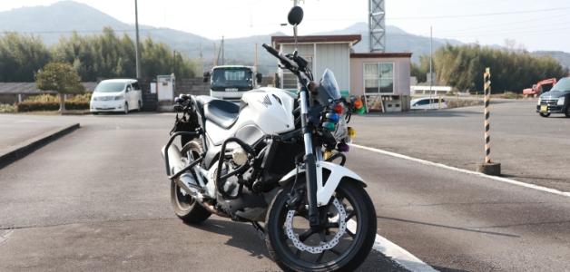 大型自動二輪車(400ccを超えるもの)(MT)